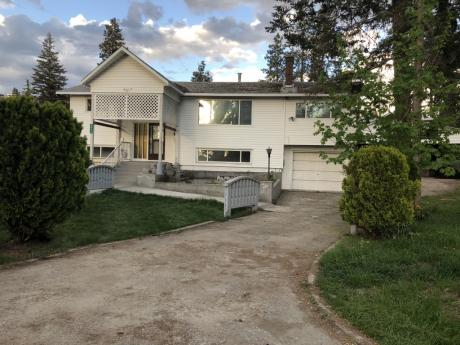 House / Building Lot / Land / Land with Building(s) For Sale in Kelowna, BC - 4 bdrm, 2.5 bath (4617 Fordham Road)