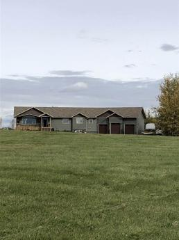 Acreage For Sale in Evansburg, AB - 6+1 bdrm, 3 bath (7320 Twp Rd 542)