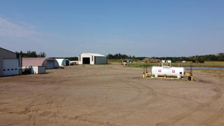 Acreage / Commercial Space / Farm / House / Land with Building(s) For Sale in DeBolt, AB - 3 bdrm, 3 bath (72104 - Range Road 10)