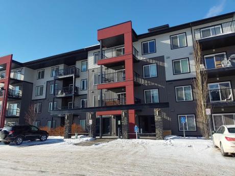 Condo For Sale in Edmonton, AB - 2 bdrm, 2 bath (212, 5521-7 Ave. S.W.)