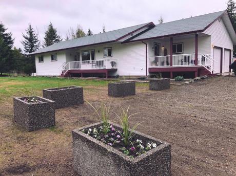 Acreage For Sale in Quesnel, BC - 4 bdrm, 3.5 bath (1706 View Drive)