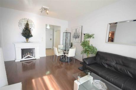 Condo / Apartment For Sale in Toronto, ON - 2 bdrm, 1 bath (910, 2737 Keele St)