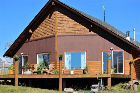Farm / Acreage / House / Land with Building(s) / Ranch For Sale in Southbank, BC - 2+1 bdrm, 2 bath (29859 Linton Rd)