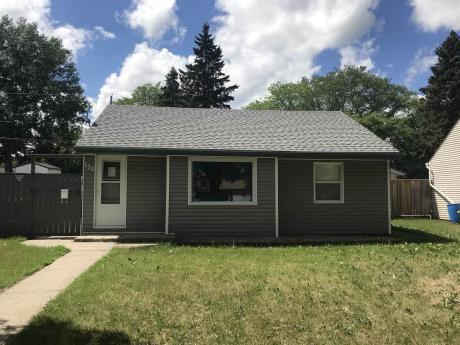 House For Sale in Yorkton, SK - 2 bdrm, 2 bath (128 Roslyn Ave)
