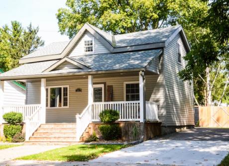 House For Sale in Clinton, ON - 3 bdrm, 1.5 bath (81 Rattenbury St. W)