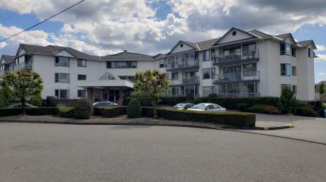Condo / Apartment For Sale in Abbotsford, BC - 2 bdrm, 2 bath (108, 2425 Church Street)