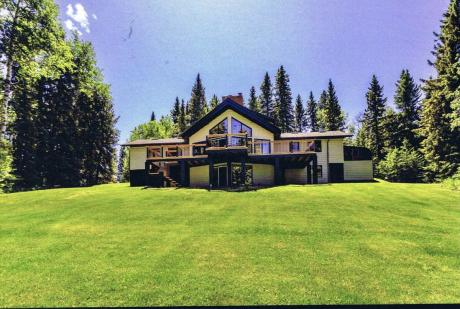 Acreage / Home-Based Business Potential / House / Land with Building(s) For Sale in Rural MD Bighorn, AB - 4 bdrm, 3 bath (TWP 264 - 70004 Jamieson Road)