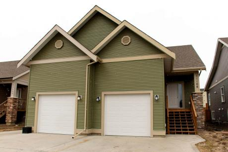 Half Duplex For Sale in Fort St. John, BC - 1+3 bdrm, 2 bath (11108 102 Avenue)