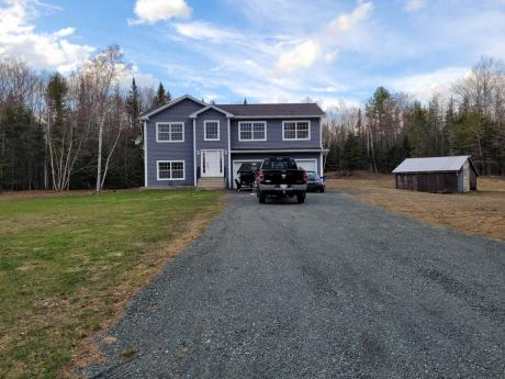 House For Sale in Doaktown, NB - 3 bdrm, 3 bath (112 Hazelton Road)