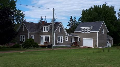 House / Cottage / Detached House / Home-Based Business Potential For Sale in Coleman, PE - 3 bdrm, 1.5 bath (554 Buchanan Rd)