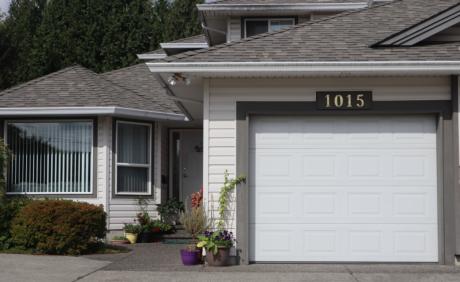 Half Duplex For Sale in Coquitlam West, BC - 3 bdrm, 2.5 bath (1015 Alderson Avenue)