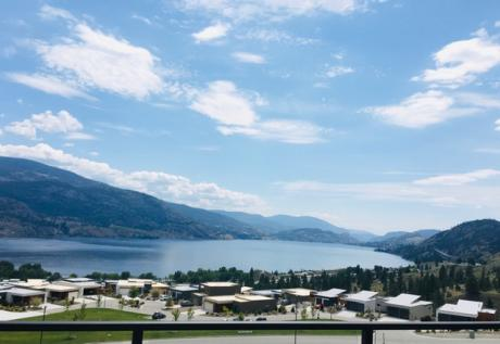 Condo For Sale in Penticton, BC - 3 bdrm, 2 bath (541, 500 Vista Park)