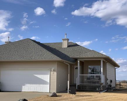 Half Duplex For Sale in Lamont, AB - 3 bdrm, 3 bath (6 Greenfield Echoes)