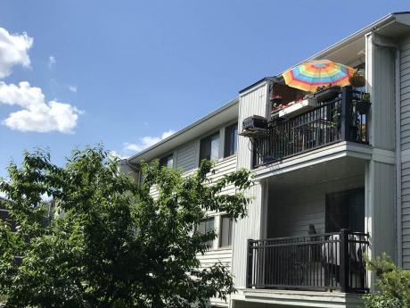 Condo For Sale in Saskatoon, SK - 2 bdrm, 1 bath (301, 254 Pinehouse Place)