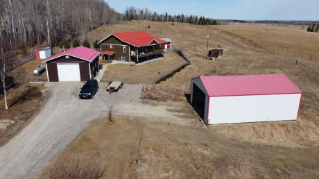 Acreage For Sale in Clearwater County, AB - 5 bdrm, 2.5 bath (75040 TWP 38-5)