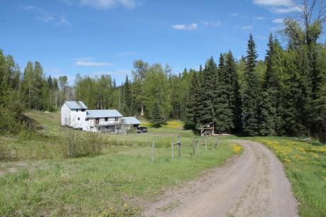 Acreage / House For Sale in Burns Lake, BC - 4 bdrm, 1 bath (3935 Moe Road)