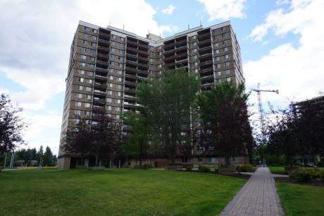 Condo For Sale in Edmonton, AB - 3 bdrm, 1.5 bath (416, 13910 Stony Plain Road)