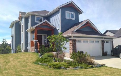 House / Detached House For Sale in Cochrane, AB - 5 bdrm, 4 bath (55, Monterra Cove)
