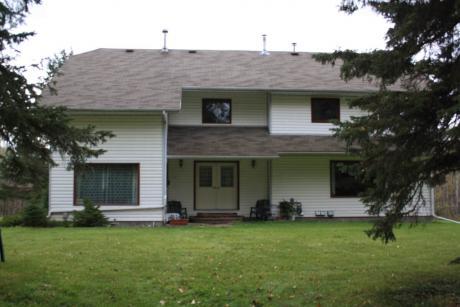 Acreage / House For Sale in Lac La Biche, AB - 5 bdrm, 3.5 bath (65368 Rr165)