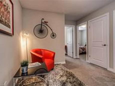 Townhouse / Condo For Sale in Cambridge, ON - 3 bdrm, 2 bath (28, 635 Saginaw Parkway)